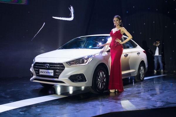 Hyundai Accent AT Đặc Biệt, đủ các màu, trả góp tối ưu