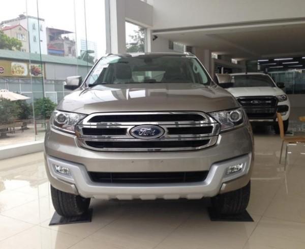 Ford Everest New 2018 Nhập Khẩu Thái Lan