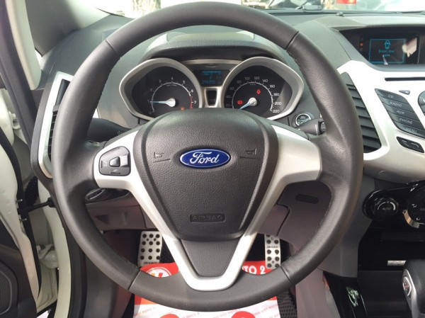 Ford Escort Xe Ford EcoSport 1.5AT Titanium