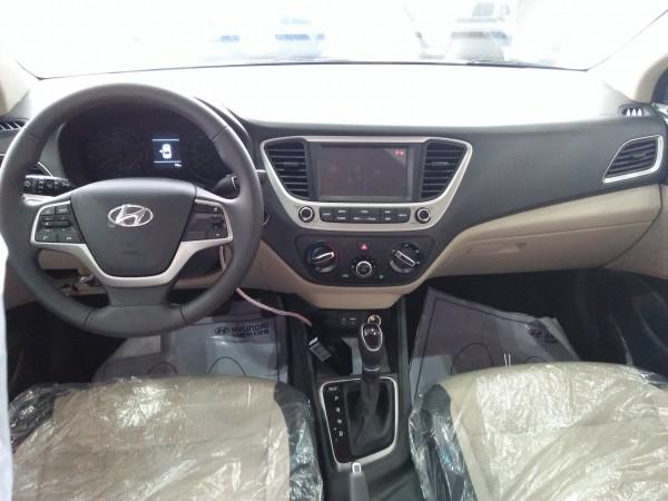 Hyundai i10 Sedan MT Full, đủ các màu hổ trợ trả góp