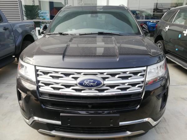 Ford Explorer Explorer ưu đãi hơn 300tr