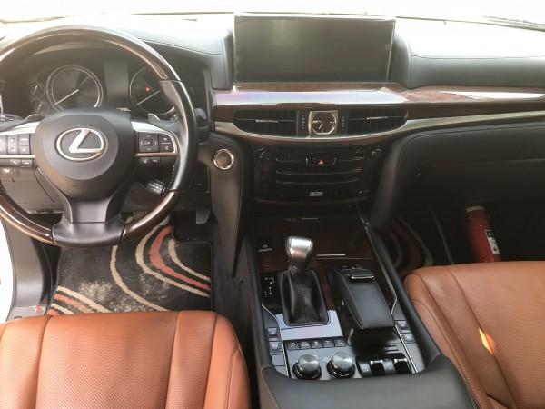 Lexus LX 570 Bán Lexus LX570 sản xuất và đăng ký 2016