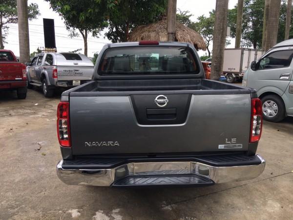 Nissan Navara Bán xe nissan navana đời 2011 số sàn