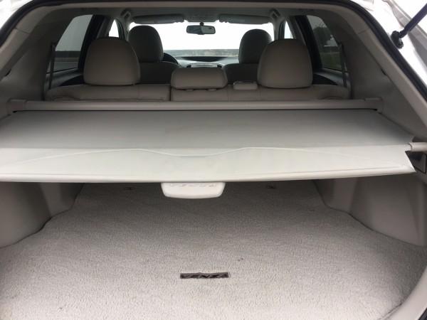 Toyota Venza năm 2009 màu bạc, xe nhập Mỹ cực đẹp