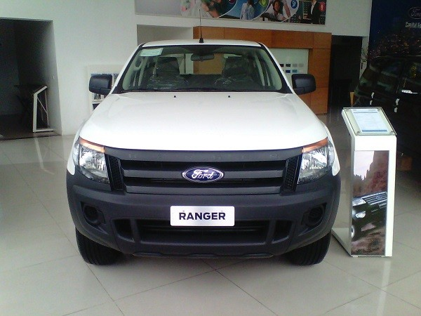 Ford New Ranger 2 Cầu
