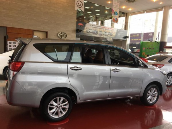 Toyota Innova Toyota Innova 2.E 2018 -