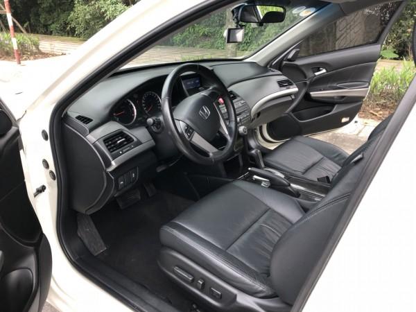 Honda Accord 2.4 2011 đẹp xuất sắc