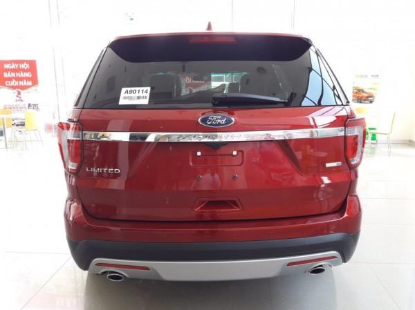Ford Explorer 2017 giao ngay