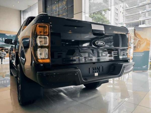 Ford Ranger Ranger Wildtrak 2021 Màu đen - giao ngay
