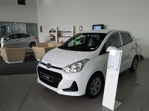 Hyundai i10 I10 1.2 MT Base, đủ các màu, trả góp