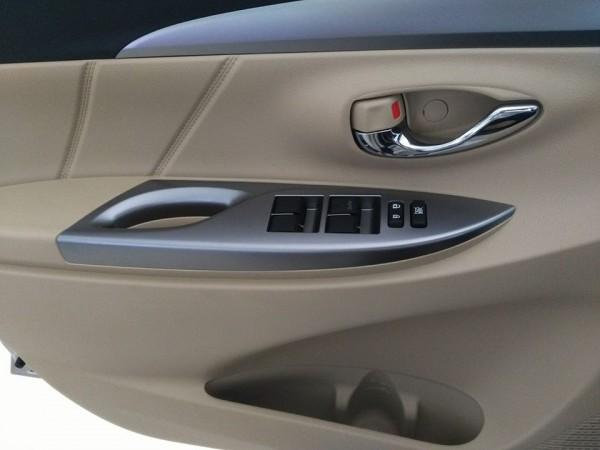 Toyota Vios G (CVT) giá 598 tr. LH Huy 0978329189