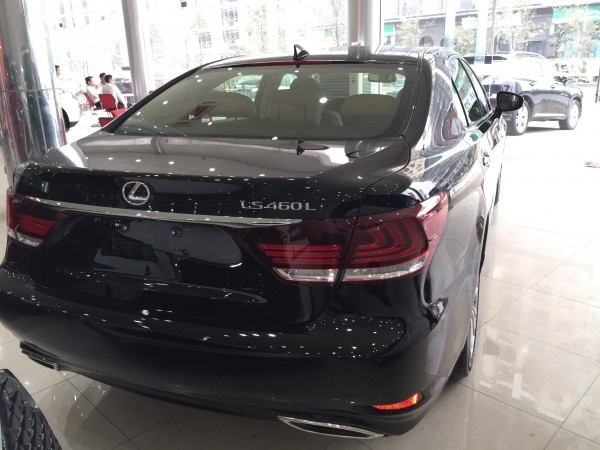 Lexus LS 460 Bán Lexus LS460L màu đen,nội thất da bò