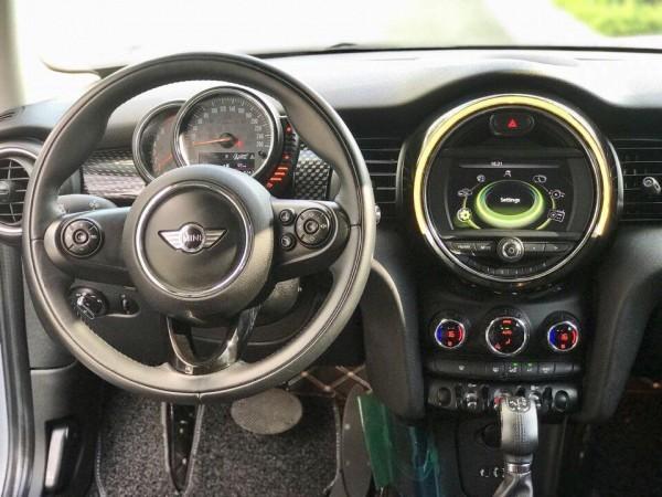 MINI Cooper S Bán Mini Copper Trắng 2015 at xe gia đìn