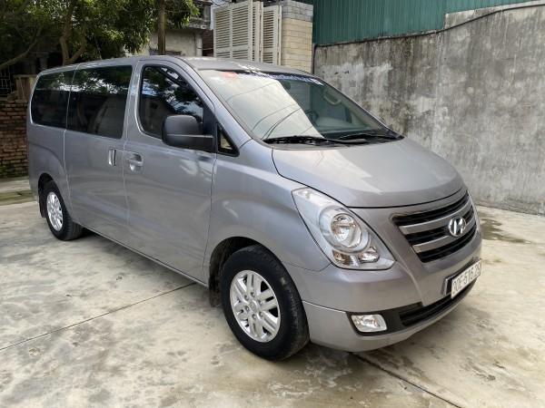 Hyundai Grand Starex Bán starex 9 chỗ đời cuối 2017,máy dầu