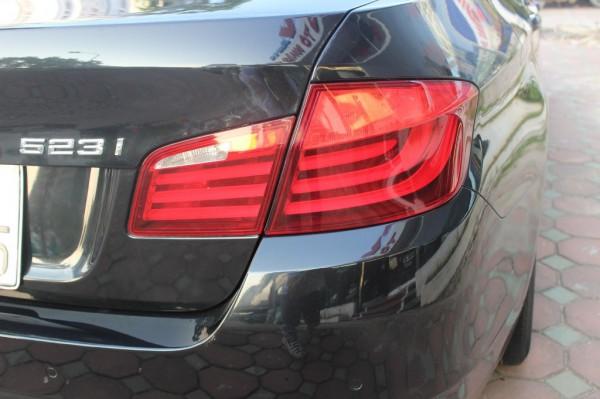 BMW 523 i 2010 màu đen