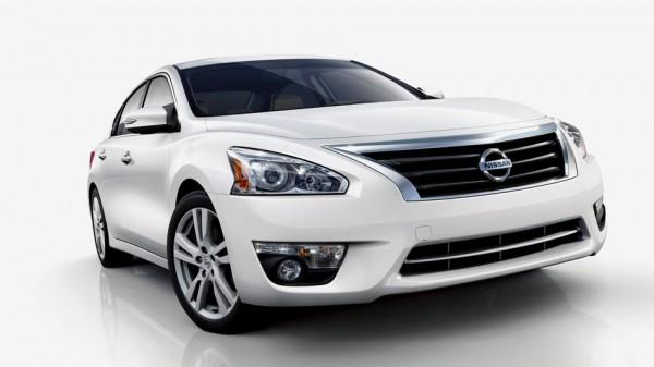 Nissan Teana kiểu dáng thể thao,tính năng hoàn hảo