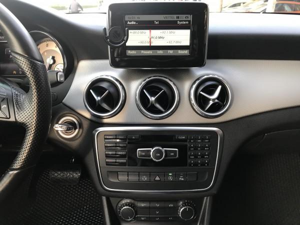 Mercedes-Benz gla 200 2015 trắng