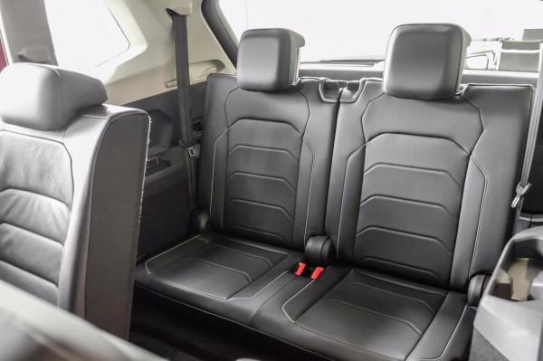 Volkswagen Tiguan Luxury tặng quà khủng