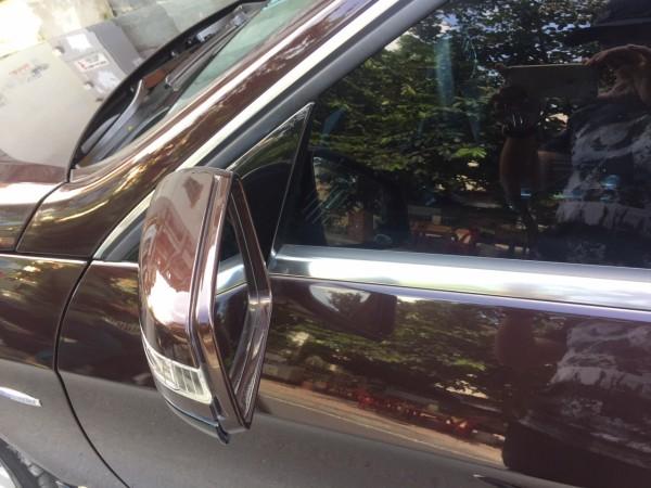 Mercedes-Benz E 250 đời 2011 màu đen, xe chạy 5 vạn km