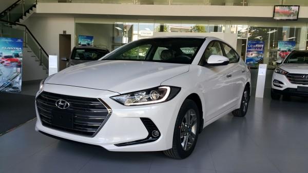 Hyundai i10 Sedan: Đủ Bản - Đủ Màu - Trả góp tôi ưu