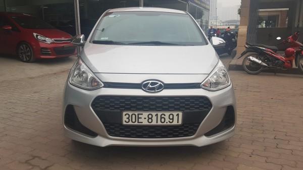 Hyundai i10 Hyundai I10 1.0MT màu bạc 2017