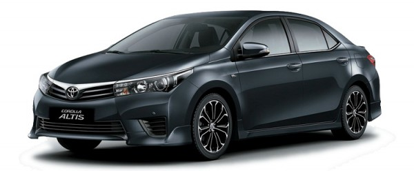 Toyota Corolla Altis 2.0V giá còn 888 trieu.LH Huy 0934472189