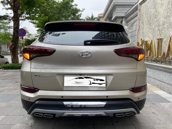 Hyundai Tucson Bán Hyundai Tucson 2.0ATH sản xuất 2019