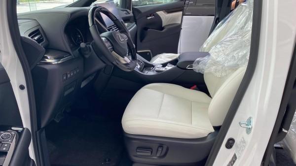 Lexus Lexus LM300h 2021, xe giao ngay