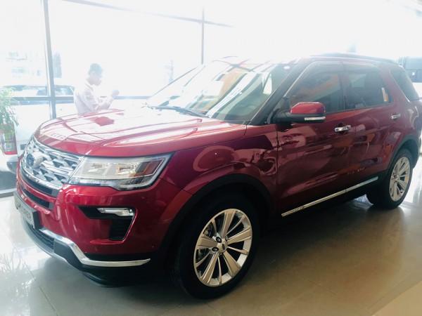 Ford Explorer 2019_Giảm sốc đên 130tr_xe giao ngay