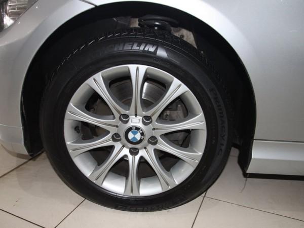 BMW 320 i,sx 2010,màu xám bạc,xe tư nhân