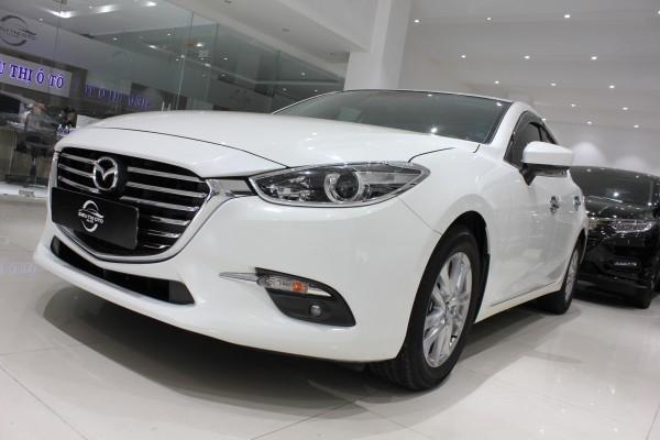 Mazda 3 Cần bán Mazda 3 2017 1.5L Hatchback