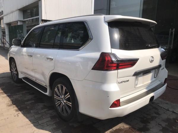 Lexus LX 570 Bán Lexus LX570 màu trắng,đăng ký 2017