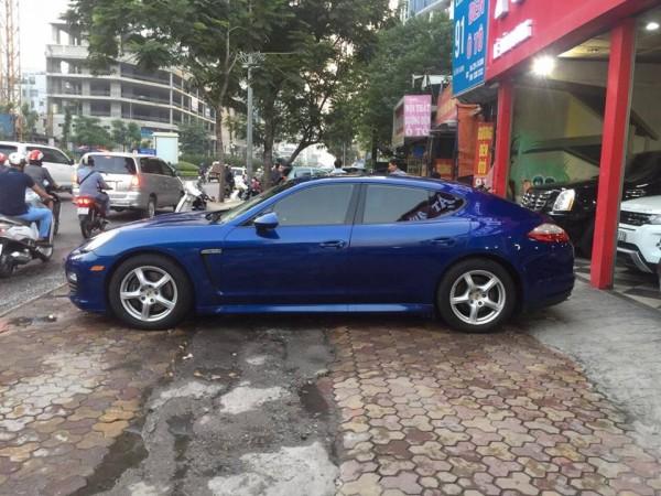 Hãng khác Việt Nhật Auto bán xe Porsche Panamera