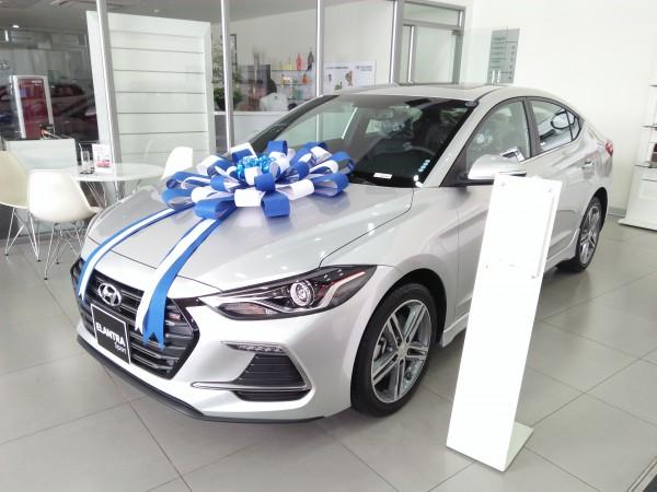 Hyundai Elantra Đủ Bản - Đủ Màu - Trả góp tối ưu